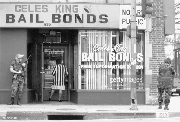 MEKing20413d151––FILE PHOTO AND CAPTION DATED 5–6–92 Guardsmen watching over Celes King Bail Bonds on W Florence