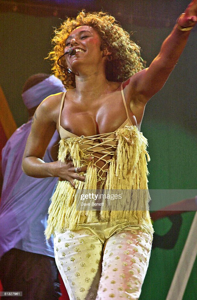 Mel B performs at the South Africa 'Freedom Day' Concert in Trafalgar Square on April 30, 2001 in London.