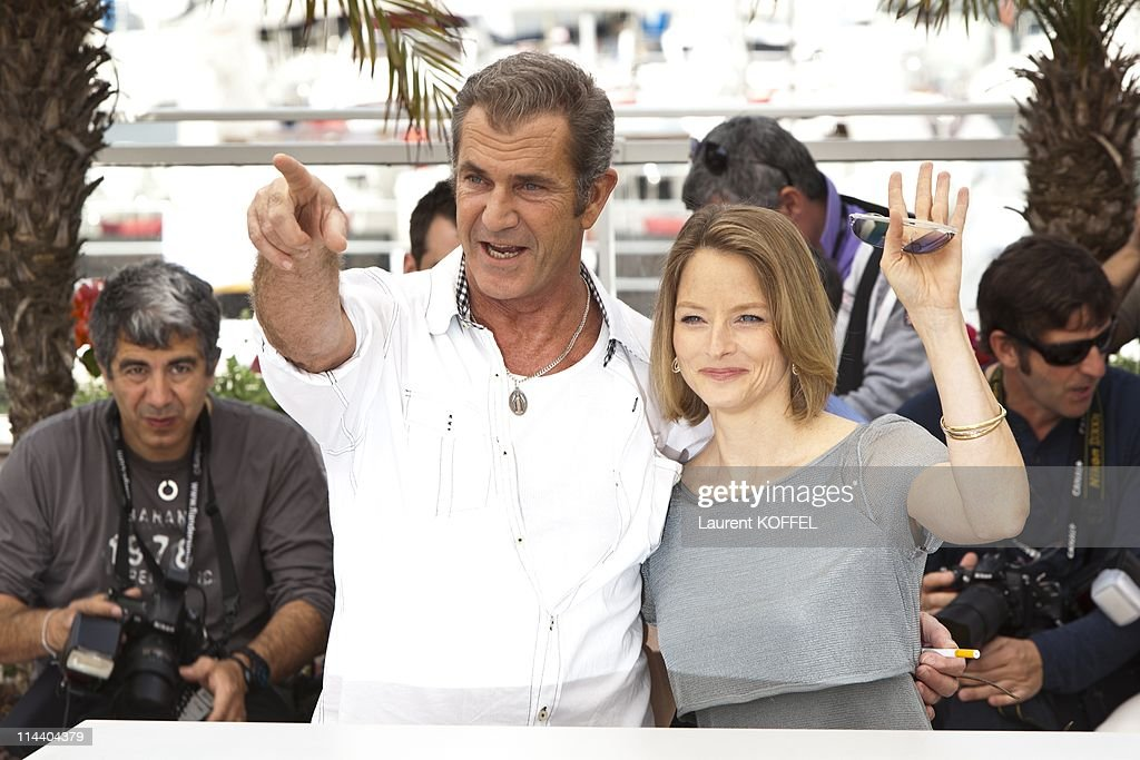 Mel Gibson and Jodie Foster attend 'The Beaver' Photocall during the 64th Cannes Film Festival at Palais des Festivals on May 18, 2011 in Cannes, France.