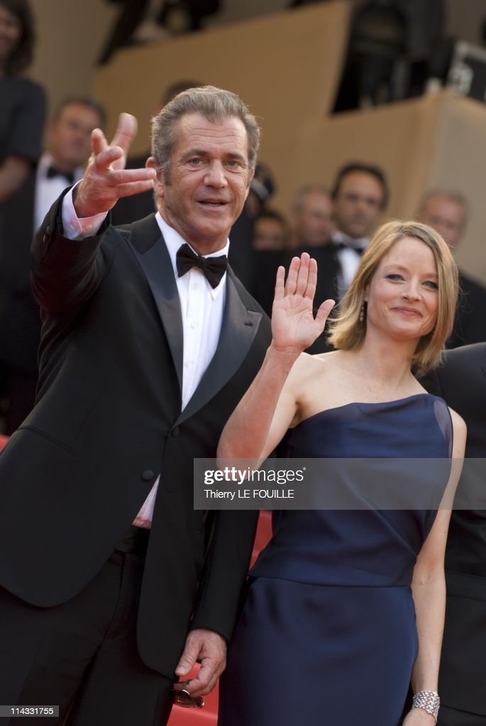 Mel Gibson and <a gi-track='captionPersonalityLinkClicked' href=/galleries/search?phrase=Jodie+Foster&family=editorial&specificpeople=204488 ng-click='$event.stopPropagation()'>Jodie Foster</a> attend 'The Beaver' premiere at the Palais des Festivals during the 64th Cannes Film Festival on May 17, 2011 in Cannes, France