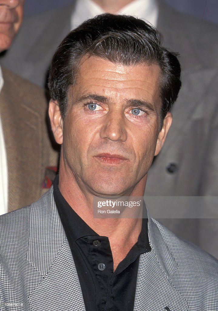 Mel Gibson during Press Conference Given By Mel Gibson November 28 1995 at Directors Guild Building in West Hollywood California United States