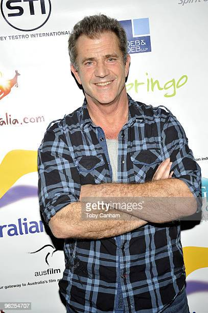 Mel Gibson poses for a picture at the Australians In Film screening of 'Edge Of Darkness' held at the Landmark Theatre on January 28 2010 in Los...