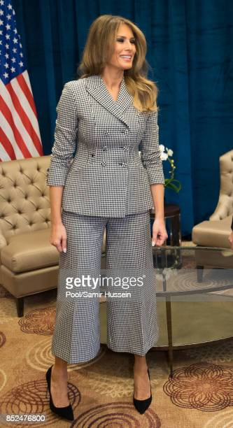 Melania Trump meets Prince Harry on day 1 of the Invictus Games Toronto 2017 on September 23 2017 in Tornonto Canada The Games use the power of sport...