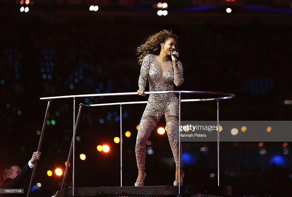 <a gi-track='captionPersonalityLinkClicked' href=/galleries/search?phrase=Melanie+Brown&family=editorial&specificpeople=159736 ng-click='$event.stopPropagation()'>Melanie Brown</a> of The Spice Girls during the Closing Ceremony on Day 16 of the London 2012 Olympic Games at Olympic Stadium on August 12, 2012 in London, England.