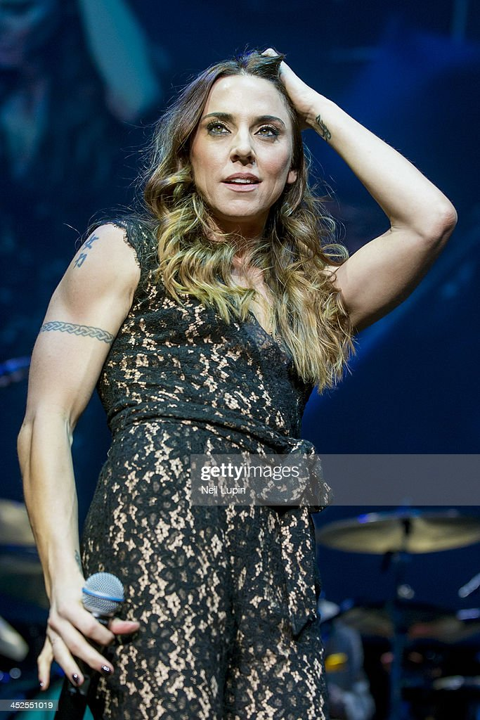 <a gi-track='captionPersonalityLinkClicked' href=/galleries/search?phrase=Melanie+Chisholm&family=editorial&specificpeople=159737 ng-click='$event.stopPropagation()'>Melanie Chisholm</a> also known as Mel C performs on stage with Jools Holland at Royal Albert Hall on November 29, 2013 in London, United Kingdom.