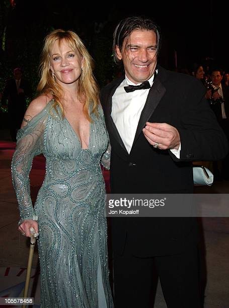 Melanie Griffith and Antonio Banderas during 2005 Vanity Fair Oscar Party at Mortons in Los Angeles California United States