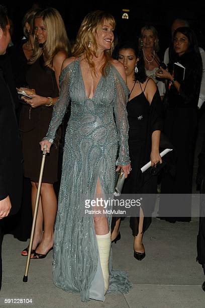 Melanie Griffith attends Vanity Fair Oscar Party at Morton's Restaurant on February 27 2005 in Los Angeles California