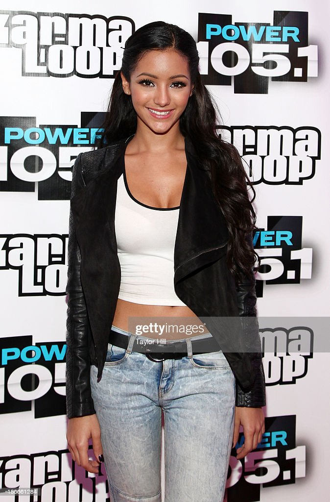 <a gi-track='captionPersonalityLinkClicked' href=/galleries/search?phrase=Melanie+Iglesias&family=editorial&specificpeople=7417582 ng-click='$event.stopPropagation()'>Melanie Iglesias</a> attends Power 105.1's Powerhouse 2013, presented by Play GIG-IT, at Barclays Center on November 2, 2013 in New York City.