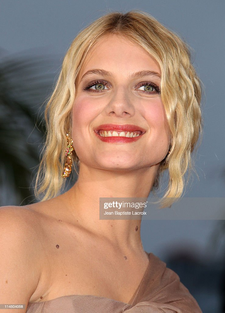 Melanie Laurent attends the Palme D'Or Winners Photocall at the 64th Annual Cannes Film Festival at Palais des Festivals on May 22, 2011 in Cannes, France.