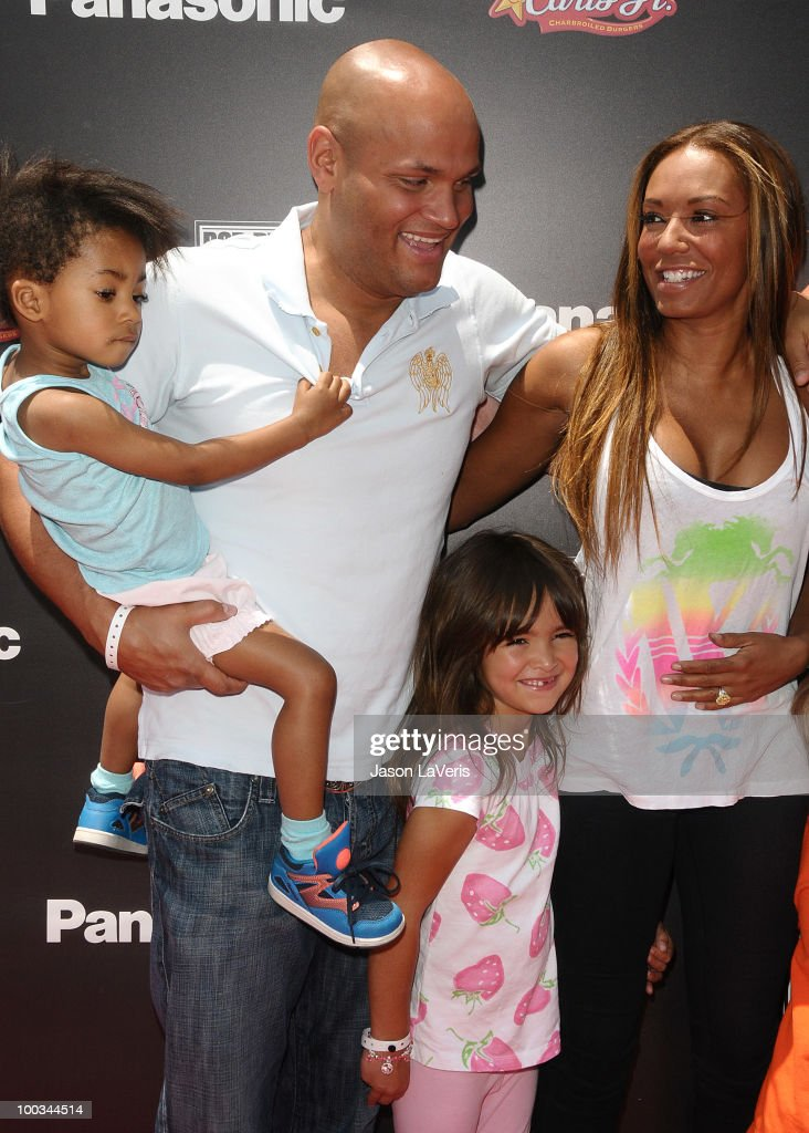 Melanie 'Mel B' Brown (R) Stephen Belafonte and family attend the 'Sk8 For Life' benefit at Fantasy Factory on May 22, 2010 in Los Angeles, California.