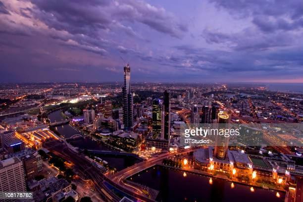 Melbourne City Skyline bei Sonnenuntergang
