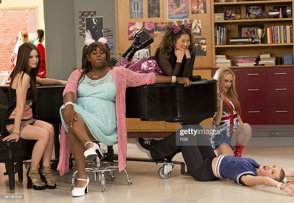 Melissa Benoist, Alex Newell, Jenna Ushkowitz, Becca Tobin and Heather Morris in the 'Guilty Pleasure' episode of GLEE airing Thursday, March 21, 2013 (9:00-10:00 PM ET/PT) on FOX.