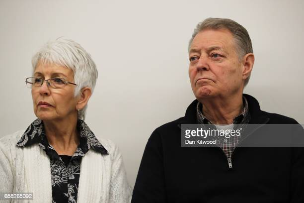 Melissa Cochran's parents Sandra and Dimmon answer questions from the press at New Scotland Yard on March 27 2017 in London England Kurt Cochran was...