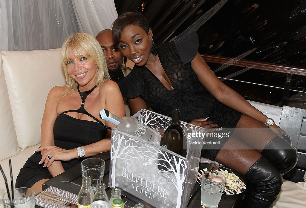 Melissa Corken guest and singer Estelle during the World Music Awards party held at the Zebra Square on November 8 2008 in Monte Carlo Monaco