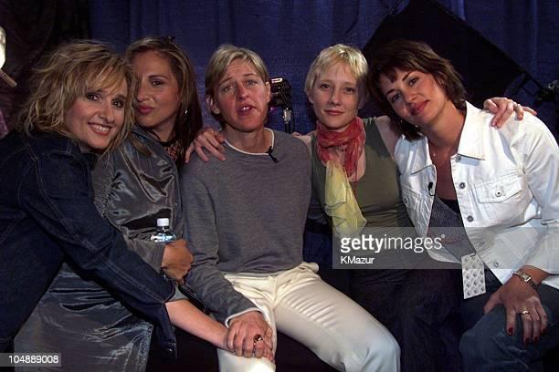 Melissa Etheridge Kathy Najimy Ellen DeGeneres Anne Heche Melissa's partner Julie Cypher backstage