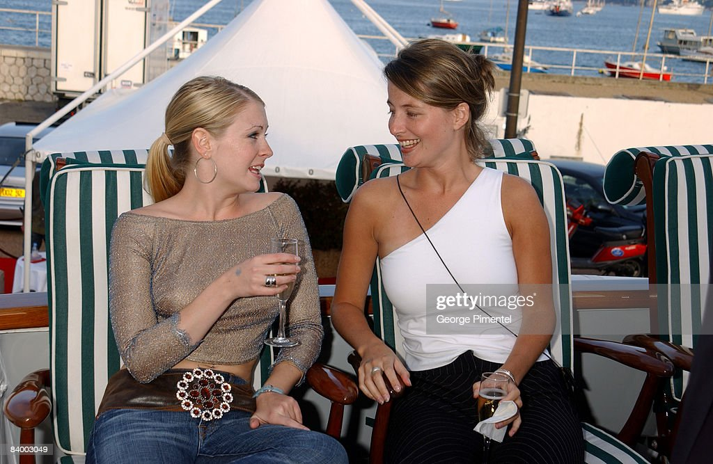 Melissa Joan Hart & Nicole E. Mills