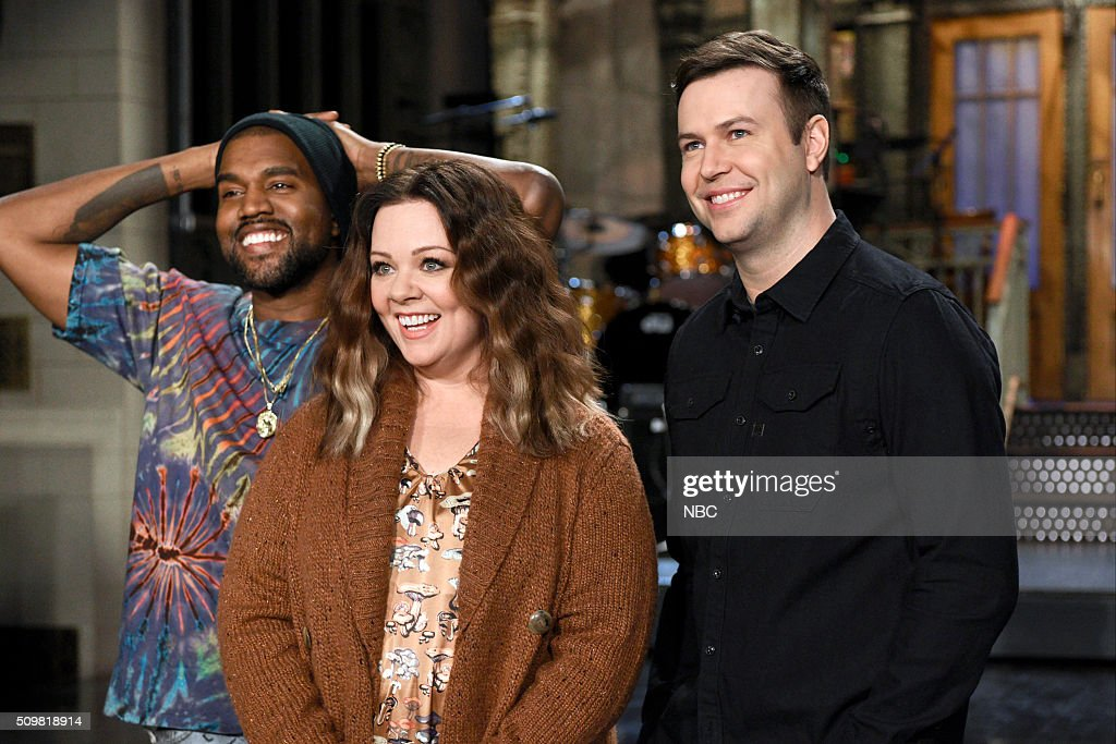 LIVE -- '<a gi-track='captionPersonalityLinkClicked' href=/galleries/search?phrase=Melissa+McCarthy&family=editorial&specificpeople=880291 ng-click='$event.stopPropagation()'>Melissa McCarthy</a>' Episode 1696 -- Pictured: (l-r) Kanye West, <a gi-track='captionPersonalityLinkClicked' href=/galleries/search?phrase=Melissa+McCarthy&family=editorial&specificpeople=880291 ng-click='$event.stopPropagation()'>Melissa McCarthy</a>, and <a gi-track='captionPersonalityLinkClicked' href=/galleries/search?phrase=Taran+Killam&family=editorial&specificpeople=3798325 ng-click='$event.stopPropagation()'>Taran Killam</a> on February 11, 2016 --