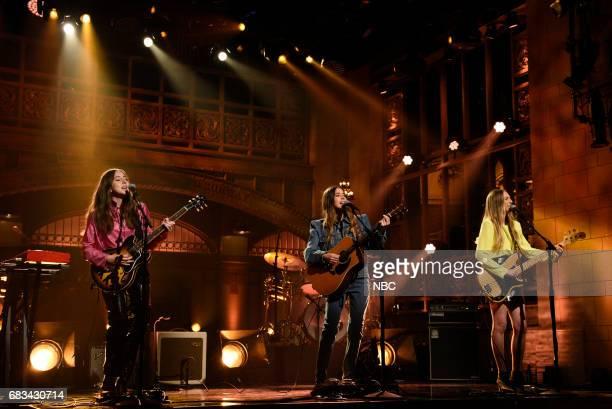 LIVE 'Melissa McCarthy' Episode 1724 Pictured Alana Haim Danielle Haim Este Haim of musical guest HAIM perform 'I Want You Back' in Studio 8H on May...