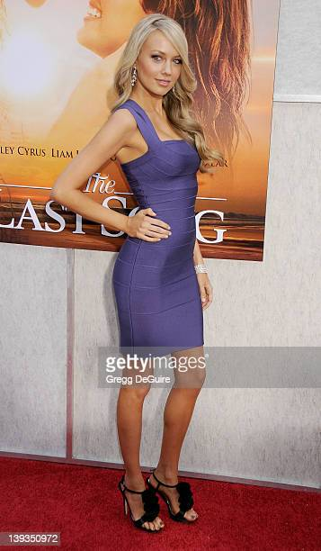 Melissa Ordway arrives at 'The Last Song' World Premiere at the ArcLight Hollywood Cinema on March 25 2010 in Hollywood California