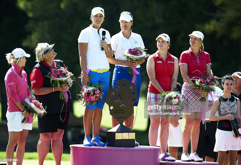 Melissa Reid Laura Davies Anna Nordqvist Sophie Gustafson Caroline Masson and Anja Monke during the final ceremony after the final round of the...