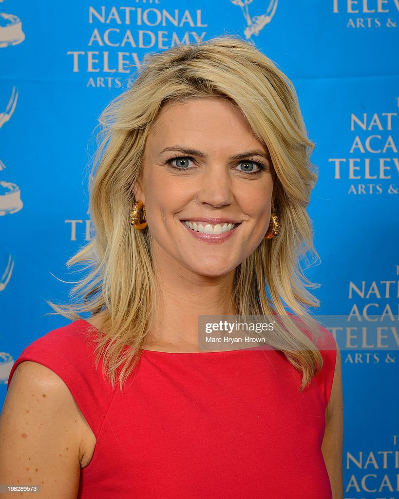 <a gi-track='captionPersonalityLinkClicked' href=/galleries/search?phrase=Melissa+Stark&family=editorial&specificpeople=3094626 ng-click='$event.stopPropagation()'>Melissa Stark</a> attends the 34th Annual Sports Emmy Awards at Frederick P. Rose Hall, Jazz at Lincoln Center on May 7, 2013 in New York City.