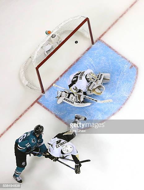 Melker Karlsson of the San Jose Sharks scores on a shot against Matt Murray of the Pittsburgh Penguins in the third period of Game Four of the 2016...