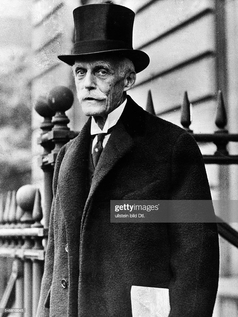 Mellon, Andrew - Entreprenuer, Industrialist , Politician, USA *24.03.1855-+ Finance Minister 1921-1932 - Portrait as the ambassador in London - about 1932 - Published in: 'Koralle'; 28/1937 Vintage property of ullstein bild
