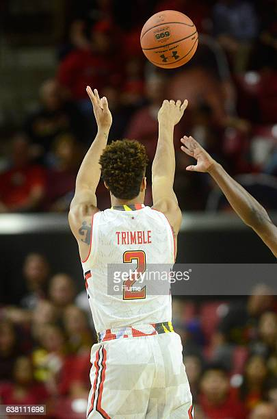 Melo Trimble of the Maryland Terrapins shoots the ball against the Illinois Fighting Illini at Xfinity Center on December 27 2016 in College Park...