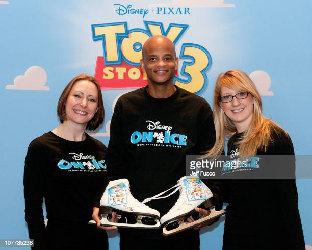 Melodee ClysdaleTracy Taylor and Joanna Webber pose at a 'Disney on Ice Presents Disney Pixar's 'Toy Story 3'' press conference at the Please Touch...