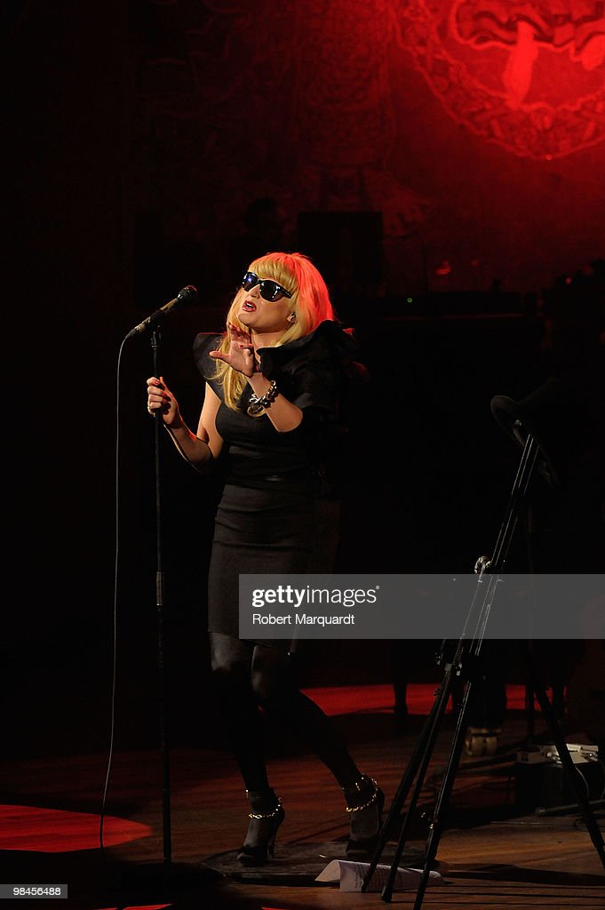 Melodie Gardot Performs in Concert in Barcelona