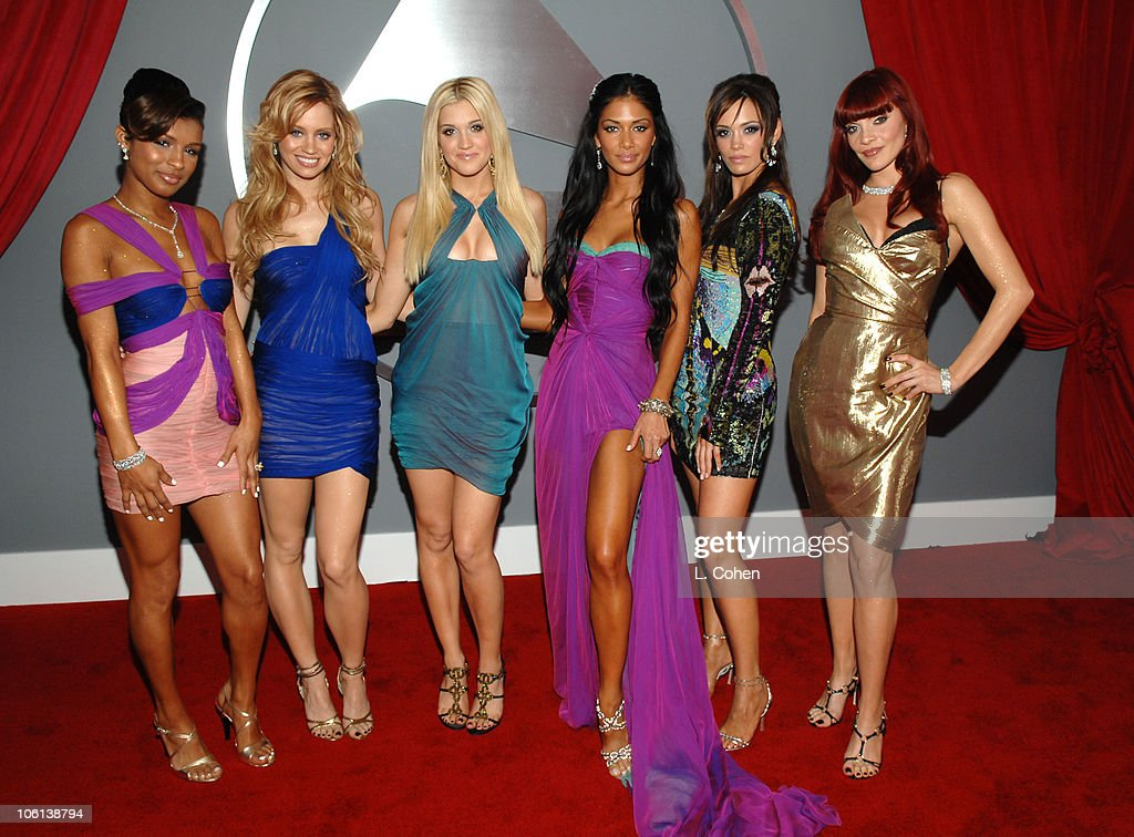 The 49th Annual GRAMMY Awards - Red Carpet