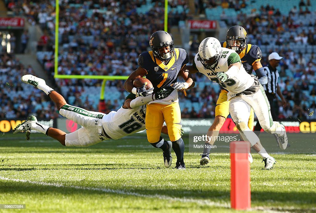 Melquise Stovall of the California Golden Bears is tackled during the College Football Sydney Cup match between University of California and...