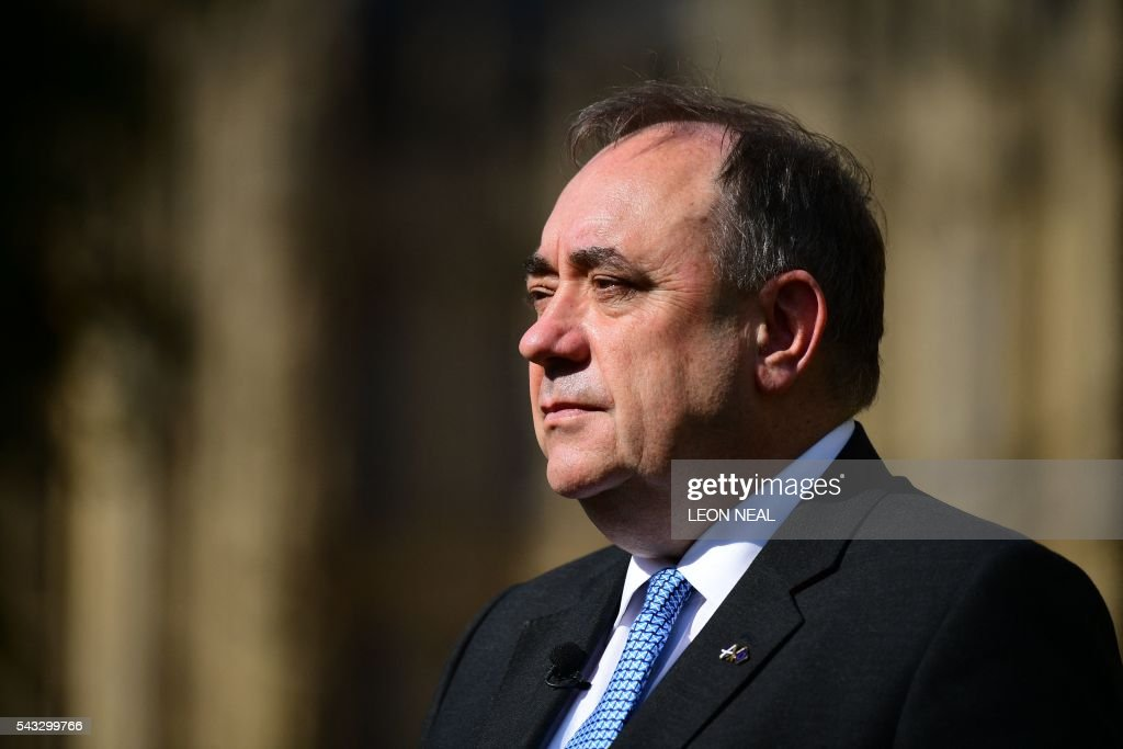 Member of Parliament and former Scottish first minister Alex Salmond speaks to journalists in central London on June 27, 2016. Britain's historic decision to leave the 28-nation bloc has sent shockwaves through the political and economic fabric of the nation. It has also fuelled fears of a break-up of the United Kingdom with Scotland eyeing a new independence poll, and created turmoil in the opposition Labour party where leader Jeremy Corbyn is battling an all-out revolt. / AFP / Leon NEAL
