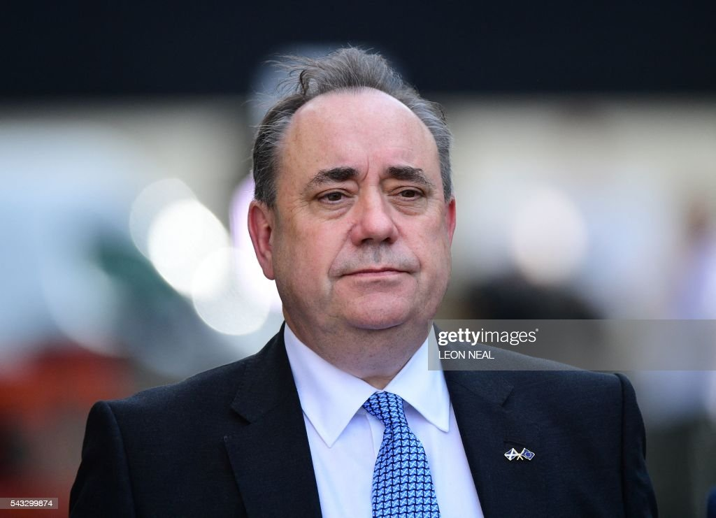 Member of Parliament and former Scottish first minister Alex Salmond is pictured in central London on June 27, 2016. Britain's historic decision to leave the 28-nation bloc has sent shockwaves through the political and economic fabric of the nation. It has also fuelled fears of a break-up of the United Kingdom with Scotland eyeing a new independence poll, and created turmoil in the opposition Labour party where leader Jeremy Corbyn is battling an all-out revolt. / AFP / Leon NEAL