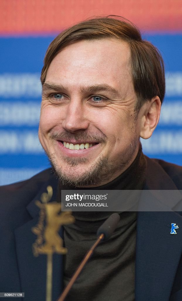 Member of the Berlinale Film Festival jury German actor Lars Eidinger attends a press conference in Berlin on February 11, 2016. The 66th Berlin film festival starts on February 11, 2016 with a spotlight on Europe's refugee crisis. / AFP / John MACDOUGALL