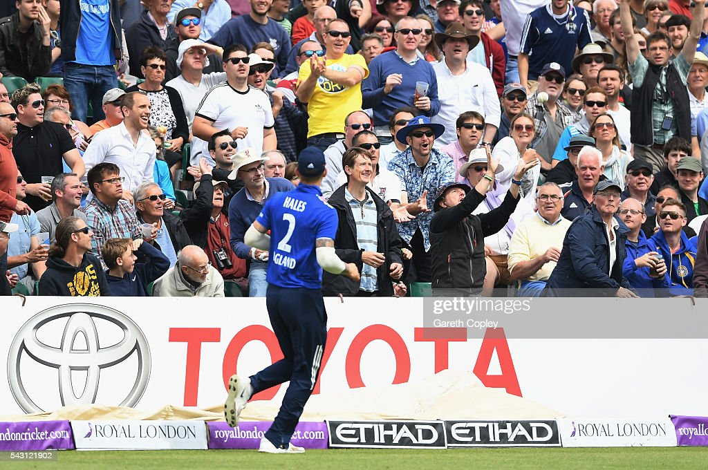 A member of the crowd catches a ball hit for six by Dinesh Chandimal of Sri Lanka during the 3rd ODI Royal London One Day International match between England and Sri Lanka at The County Ground on June 26, 2016 in Bristol, England.