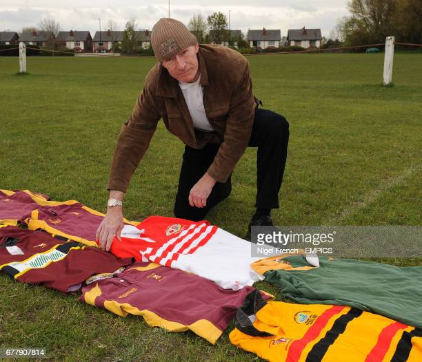 A member of the public lays a shirt on the ground on behalf of the LV= SOS Kit Aid at Aldwinians RUFC