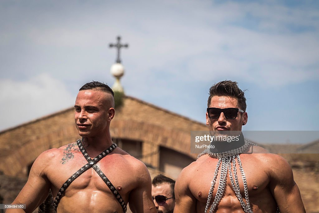 black gay masturbation pics