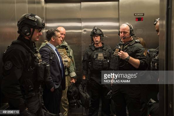 Us Secret Service Counterassault Team Stock Photos and ...