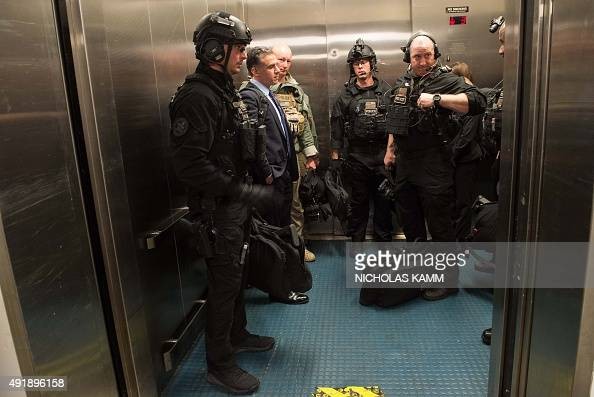 Us Secret Service Counterassault Team Stock Photos and ...