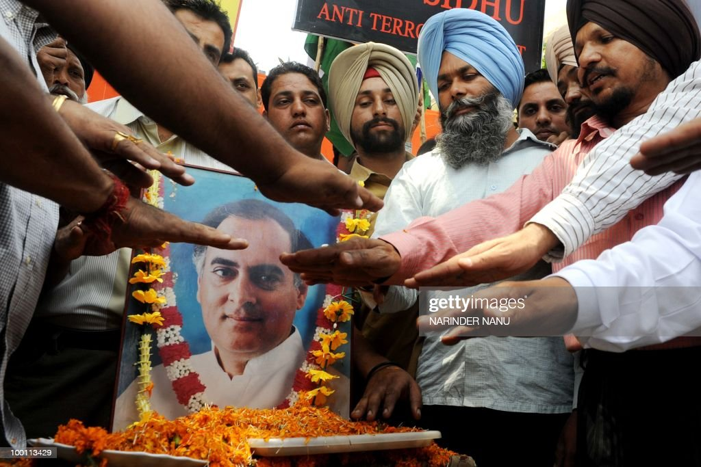 Members of All India Anti Terrorist Front (AIATF) pay tribute to former Indian Prime Minister Rajiv Gandhi in Amritsar on May 21, 2010. Gandhi was assassinated during an electoral campaign on May 21, 1991, allegedly by members of the Sri Lankan separatists LTTE, in the town of Sriperumpudur in the southern state of Tamil Nadu.