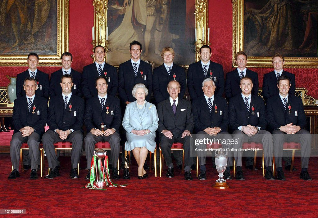 Members of England's 2005 Ashes winning Cricket team sit with Britain's Queen Elizabeth II and the Duke of Edinburgh in Buckingham Palace, London, Thursday February 9, 2006, after collecting their honours at an investiture ceremony. Back row from left: <a gi-track='captionPersonalityLinkClicked' href=/galleries/search?phrase=Geraint+Jones&family=editorial&specificpeople=171413 ng-click='$event.stopPropagation()'>Geraint Jones</a> (Kent), <a gi-track='captionPersonalityLinkClicked' href=/galleries/search?phrase=Andrew+Strauss&family=editorial&specificpeople=157548 ng-click='$event.stopPropagation()'>Andrew Strauss</a> (Middlesex), <a gi-track='captionPersonalityLinkClicked' href=/galleries/search?phrase=Simon+Jones+-+Giocatore+di+cricket&family=editorial&specificpeople=15296157 ng-click='$event.stopPropagation()'>Simon Jones</a> (Glamorgan), <a gi-track='captionPersonalityLinkClicked' href=/galleries/search?phrase=Kevin+Pietersen+-+Giocatore+di+cricket&family=editorial&specificpeople=202001 ng-click='$event.stopPropagation()'>Kevin Pietersen</a> (Hampshire), Stephen Harmison (Durham), <a gi-track='captionPersonalityLinkClicked' href=/galleries/search?phrase=Matthew+Hoggard&family=editorial&specificpeople=193834 ng-click='$event.stopPropagation()'>Matthew Hoggard</a> (Yorkshire), <a gi-track='captionPersonalityLinkClicked' href=/galleries/search?phrase=Paul+Collingwood&family=editorial&specificpeople=204191 ng-click='$event.stopPropagation()'>Paul Collingwood</a> (Durham), <a gi-track='captionPersonalityLinkClicked' href=/galleries/search?phrase=Ian+Bell&family=editorial&specificpeople=206128 ng-click='$event.stopPropagation()'>Ian Bell</a> (Durham). Front row from left: Phil Neale (Manager), Marcus Threscothick (Somerset), <a gi-track='captionPersonalityLinkClicked' href=/galleries/search?phrase=Michael+Vaughan&family=editorial&specificpeople=179446 ng-click='$event.stopPropagation()'>Michael Vaughan</a> (Yorkshire), Queen Elizabeth II, the Duke of Edinburgh, Duncan Fletcher (Coach), <a gi-track='captionPersonalityLinkClicked' href=/galleries/search?phrase=Andrew+Flintoff&family=editorial&specificpeople=171169 ng-click='$event.stopPropagation()'>Andrew Flintoff</a> (Lancashire) and <a gi-track='captionPersonalityLinkClicked' href=/galleries/search?phrase=Ashley+Giles&family=editorial&specificpeople=184493 ng-click='$event.stopPropagation()'>Ashley Giles</a> (Warwickshire).