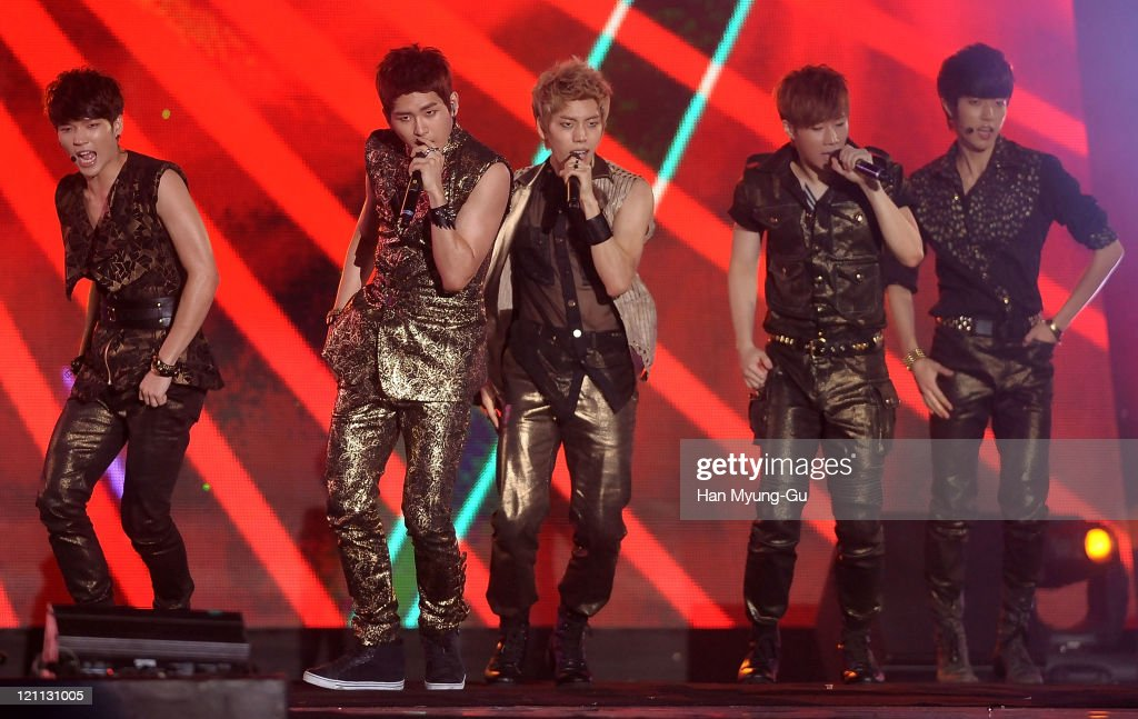 Members of Infinite perform onstage during the Incheon Korean Wave Festival 2011 at Incheon World Cup Stadium on August 13, 2011 in Incheon, South Korea.