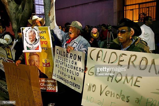 Members of several dissident organizations demonstrate against Mexican President Felipe Calderon's visit with Los Angeles Mayor Antonio Villaraigosa...