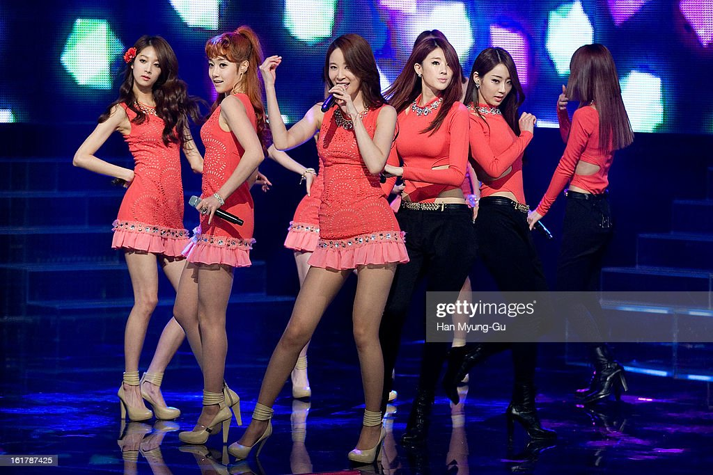 Members of South Korean girl group 9Muses perform onstage during the Mnet 'M CountDown' at CJ E&M Building on February 14, 2013 in Seoul, South Korea.