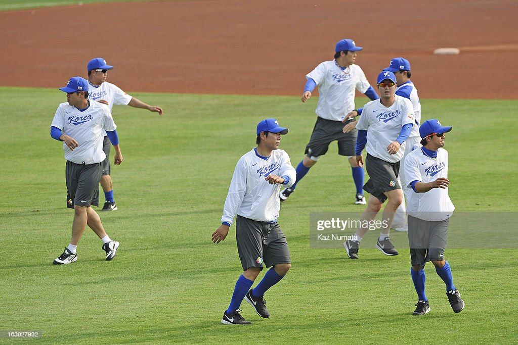 Members of Team Korea stretch during the World Baseball Classic workout day at Taichung Intercontinental Baseball Stadium on Friday, March 1, 2013 in Taichung, Taiwan.