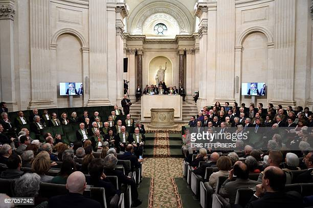 Members of the Academie Francaise attend the institution's annual public session on December 1 2016 in Paris / AFP / ERIC FEFERBERG