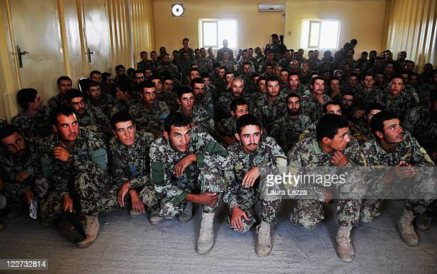 Members of the Afghan security forces belonging to the TLC attend a lecture on weapons supervised by Italian military advisors of the NTMA on August...