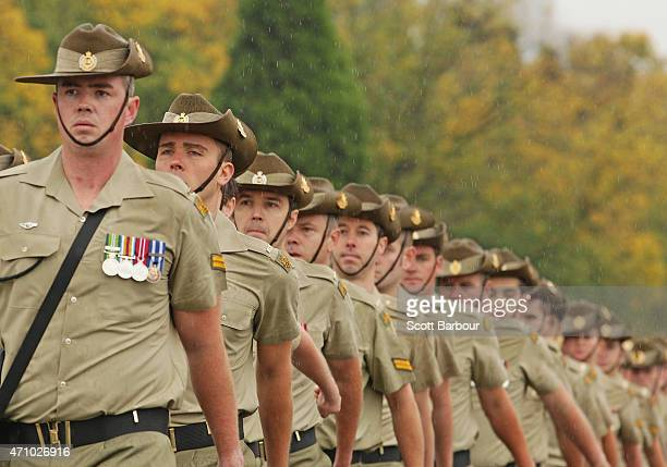 Members of the Australian Army march as they take part in the Anzac Day March past the Shrine of Remembrance on ANZAC Day on April 25 2015 in...