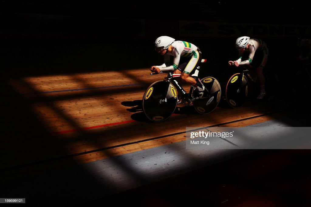 Members of the Australian Gold team compete in the Men's U19 4000m Team Pursuit Final during day two of the 2013 Australian Youth Olympic Festival at Dunc Gray Velodrome on January 17, 2013 in Sydney, Australia.